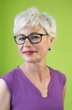 Katrin Schmoll-Hase